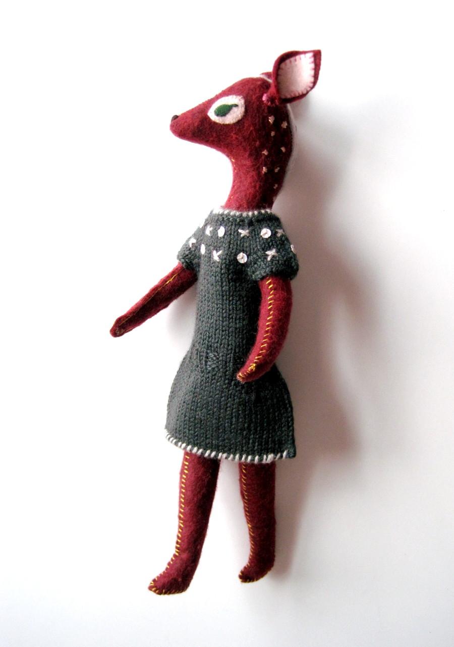 deer standing 3